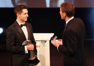 Luke Dardis collects the Autosport Williams Engineer of the Future award
