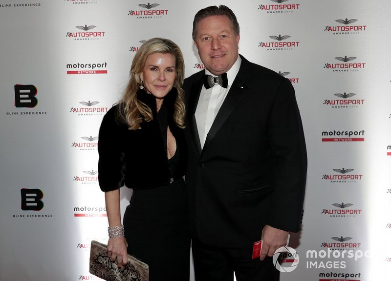 Tracy y Zak Brown, CEO de McLaren