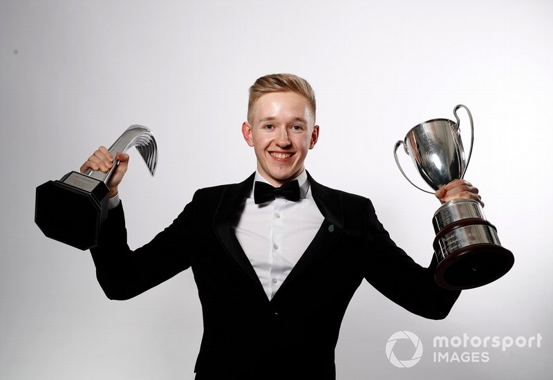 Johnathan Hoggard gana el premio al Piloto Joven del BRDC