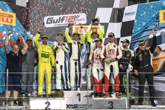 Pro-Am-Podium: 1. #46 Monster VR46 Kessel Ferrari 488 GT3: Valentino Rossi, Luca Marini, Alessio Salucci