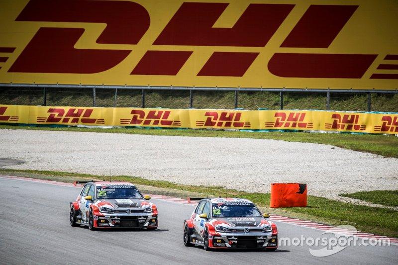 Rob Huff, SLR VW Motorsport Volkswagen Golf GTI TCR, Mehdi Bennani, SLR VW Motorsport Volkswagen Golf GTI TCR