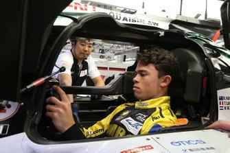 #8 Toyota Gazoo Racing Toyota TS050 – Hybrid: Nyck de Vries