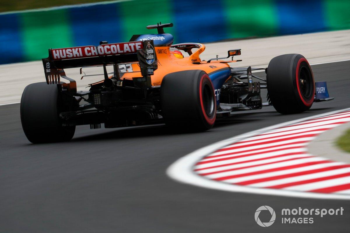 Carlos Sainz Jr., McLaren MCL35, 1m15.027s