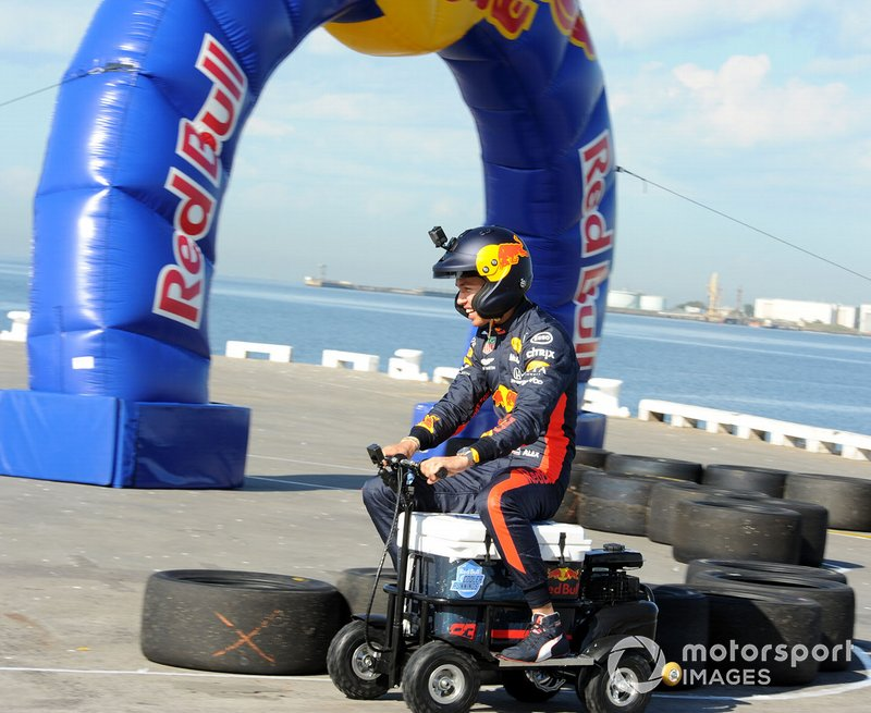 Alex Albon, Red Bull Racing at a Red Bull event Grand Pier in St Kilda