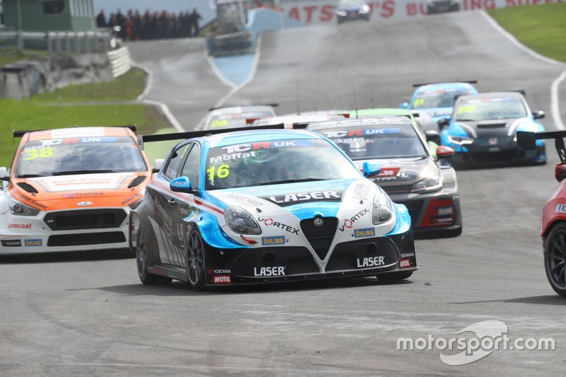 Aiden Moffat, DPE Motorsport, Laser Tools Racing, Alfa Romeo Giulietta TCR