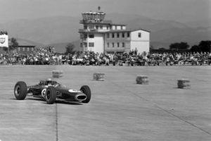 Джек Брэбэм, Brabham BT11 Climax