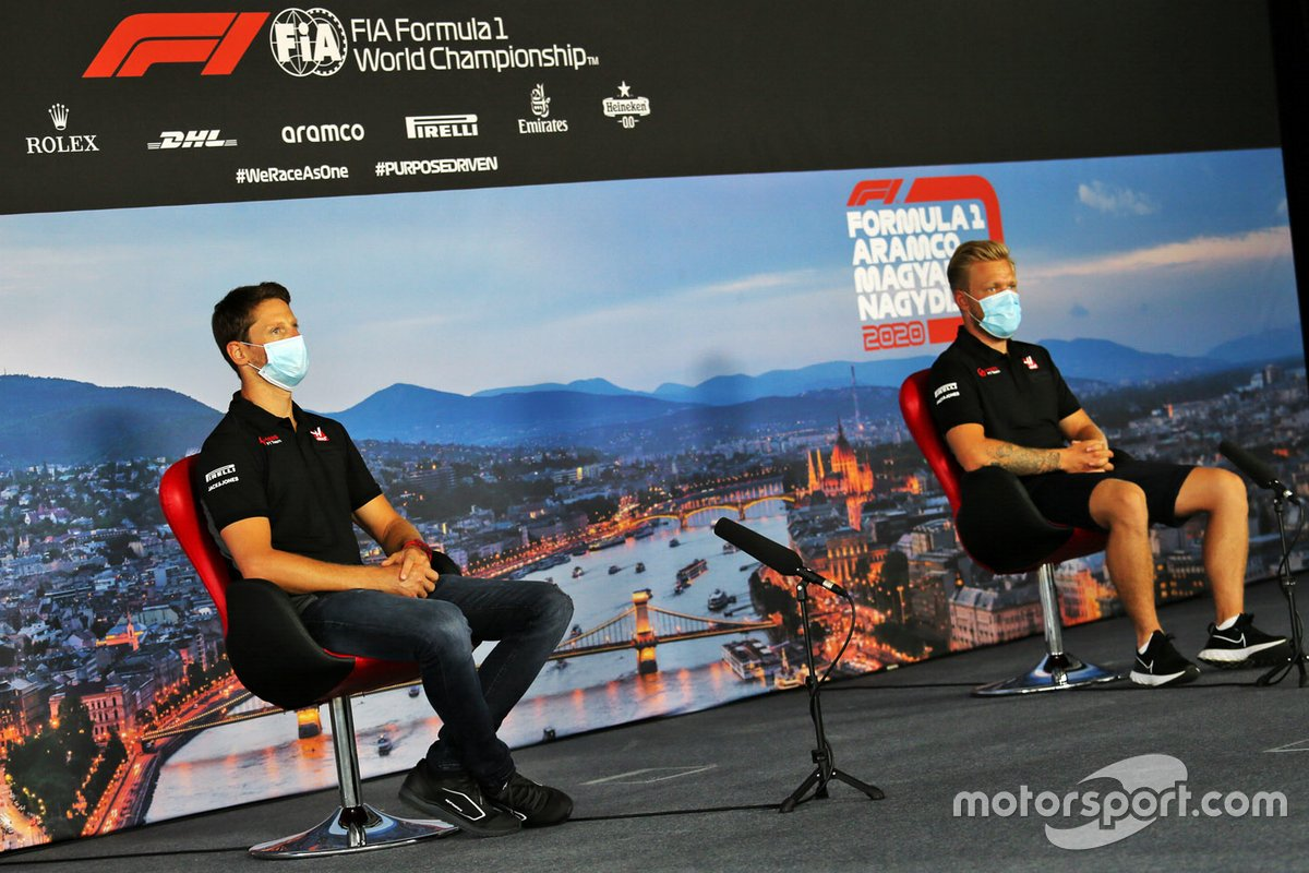 Romain Grosjean, Haas F1 and Kevin Magnussen, Haas F1 in the press conference