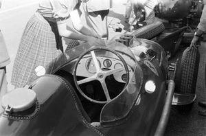 Volante del monoplaza de Peter Collins, Ferrari Dino 156