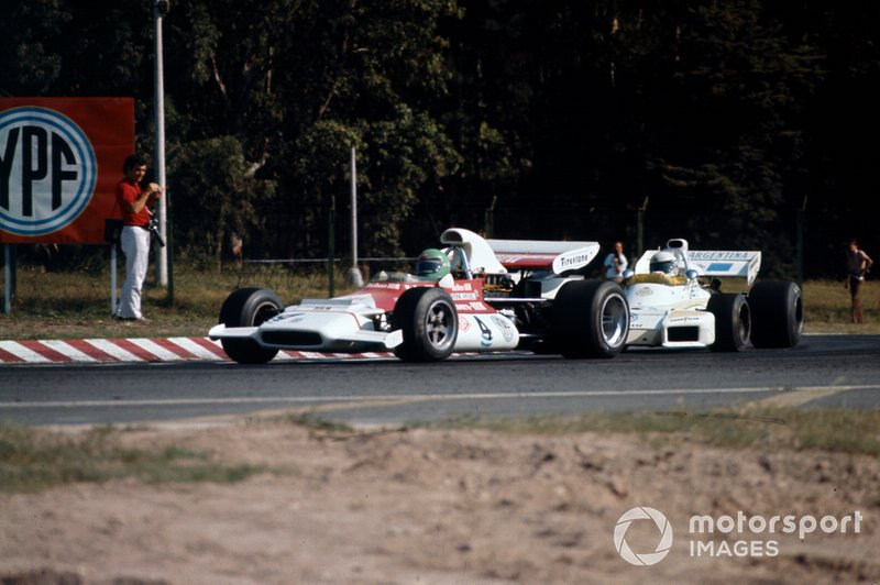 Reine Wisell, BRM P153, Carlos Reutemann, Brabham BT34 Ford
