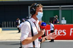 Jenson Button, Sjy SPorts F1, on the grid