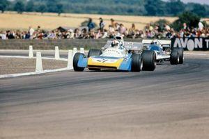 Chris Amon, Matra MS120B, Rolf Stommelen, Surtees TS9 Ford