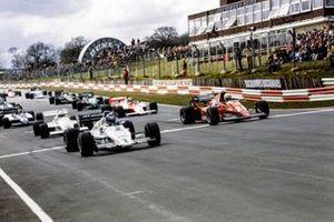 Keke Rosberg, Williams FW08C Ford, René Arnoux, Ferrari 126C2B al inicio