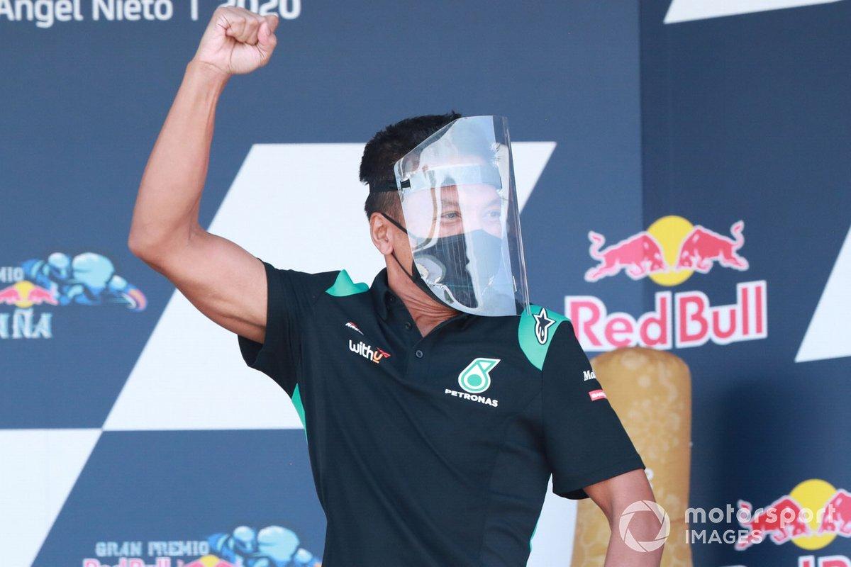Razlan Razali , Petronas Yamaha SRT en el podio
