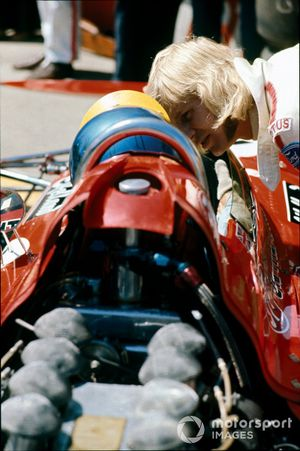 Reine Wisell, Lotus 72C Ford, Ronnie Peterson, March 711 Ford