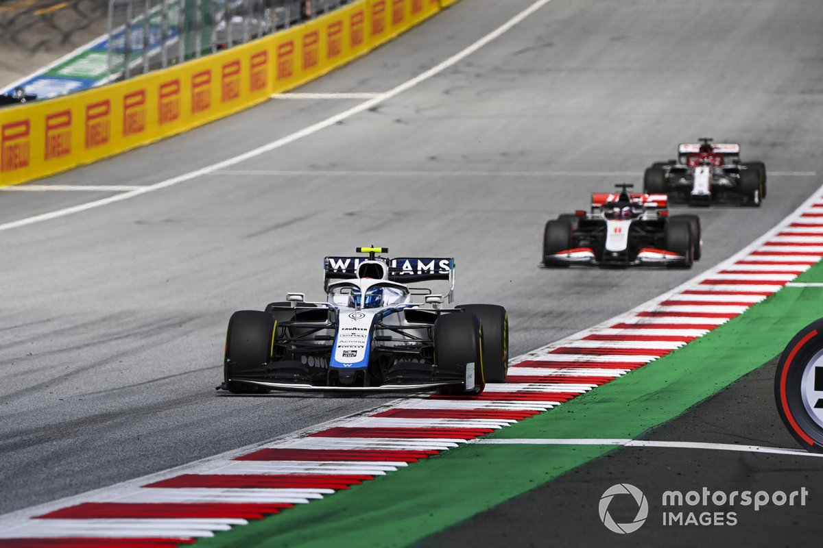 Nicholas Latifi, Williams FW43. Romain Grosjean, Haas VF-20 y Kimi Raikkonen, Alfa Romeo Racing C39