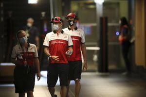 Kimi Raikkonen, Alfa Romeo y Antonio Giovinazzi, Alfa Romeo