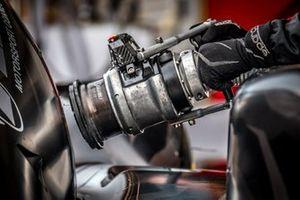 Detalle del la válvula de combustible #35 Eurasia Motorsport Ligier JSP217 - Gibson: Nobuya Yamanaka, Nicholas Foster, Roberto Merhi