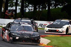 Josh Bilicki, B.J. McLeod Motorsports, Toyota Supra Ariens, Michael Annett, JR Motorsports, Chevrolet Camaro Allstate Parts & Service Group