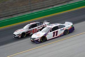 Denny Hamlin, Joe Gibbs Racing, Toyota Camry, Cole Custer, Stewart-Haas Racing, Ford Mustang
