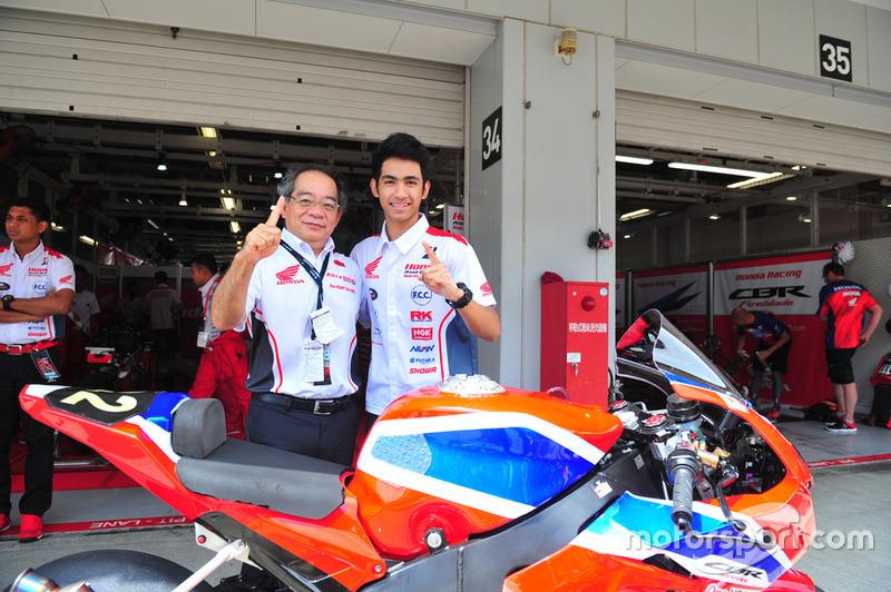Toshiyuki Inuma, Presiden Direktur PT Astra Honda Motor dan Andi Gilang