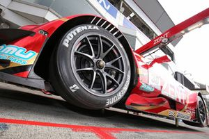 #38 Team Zent Cerumo Lexus RC F, detail