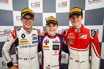 Winnaar David Beckmann, Trident, nummer twee Anthoine Hubert, ART Grand Prix, nummer drie Callum Ilott, ART Grand Prix