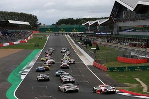 The start of the 6 hours of Silverstone