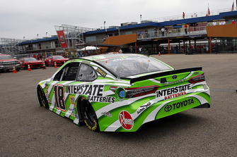 Kyle Busch, Joe Gibbs Racing, Toyota Camry Interstate Batteries