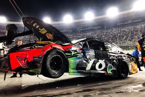 Unfallauto von Martin Truex Jr., Furniture Row Racing, Toyota Camry Bass Pro Shops/Ducks Unlimited