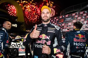 Победитель Шейн ван Гисберген, Triple Eight Race Engineering Holden