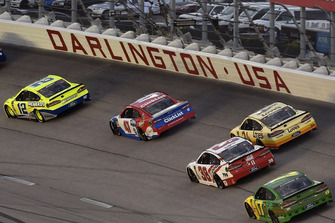 Ryan Blaney, Team Penske, Ford Fusion Menards/Duracell e A.J. Allmendinger, JTG Daugherty Racing, Chevrolet Camaro Kroger ClickList