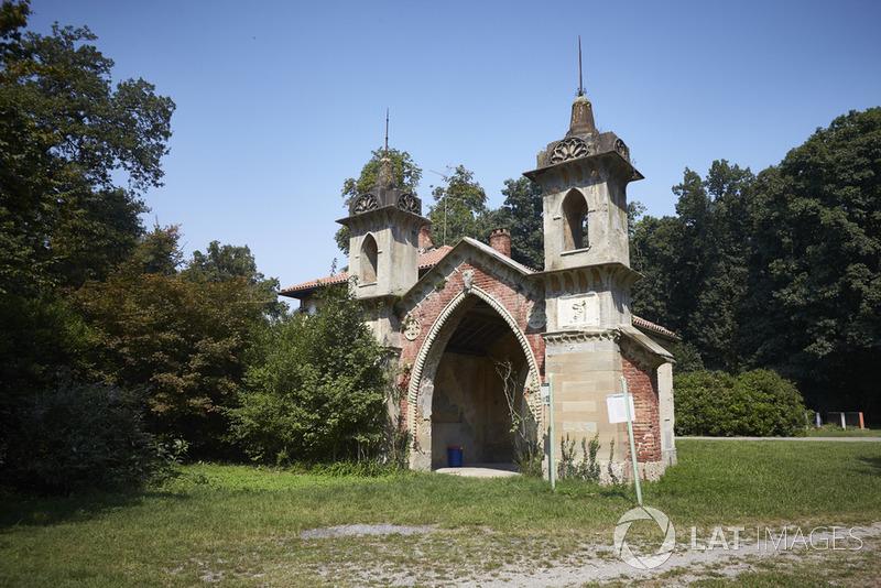 Monza, historyczny budynek