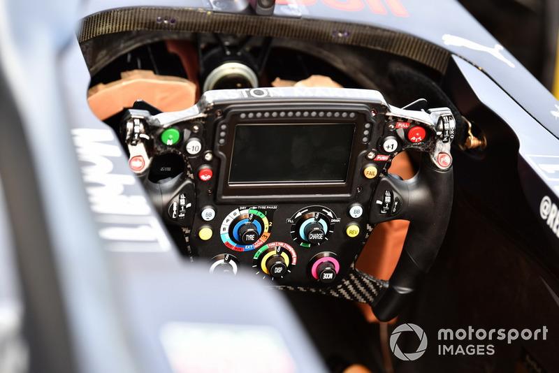 Руль Red Bull Racing RB14