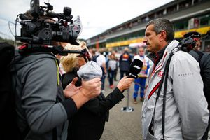 Guenther Steiner, Team Principal, Haas F1, is interviewed on the grid