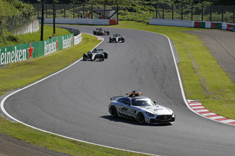 Safety Car leads Lewis Hamilton, Mercedes AMG F1 W09