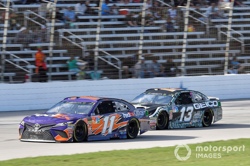 Denny Hamlin, Joe Gibbs Racing, Toyota Camry FedEx Office, Ty Dillon, Germain Racing, Chevrolet Camaro GEICO Military