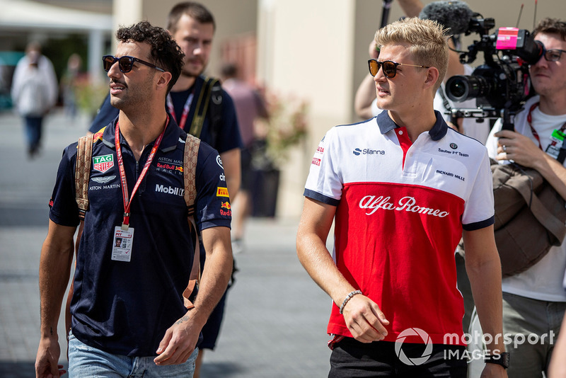 Daniel Ricciardo, Red Bull Racing and Marcus Ericsson, Sauber
