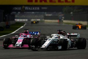 Marcus Ericsson, Sauber C37, Sergio Perez, Racing Point Force India VJM11