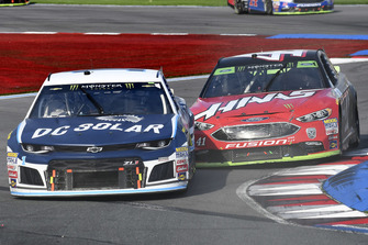 Jamie McMurray, Chip Ganassi Racing, Chevrolet DC Solar, Kurt Busch, Stewart-Haas Racing, Ford Fusion Haas Automation/Monster Energy