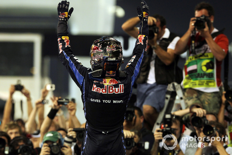 Sebastian Vettel, Red Bull Racing RB6, campeón del mundo 2010