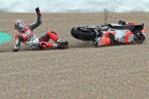 Michele Pirro, Ducati team crash