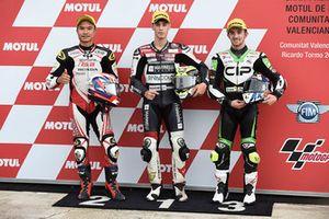 Il poleman Tony Arbolino, Marinelli Snipers Moto3, il secondo classificato Nakarin Atiratphuvapat, Idemitsu Honda Team Asia, il terzo classificato John McPhee, CIP Green Power