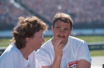 Winner Nigel Mansell, and wife Roseanne