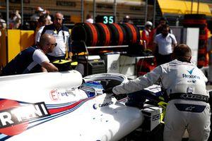 Sergey Sirotkin, Williams FW41, arriveert op de grid