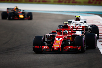 Kimi Raikkonen, Ferrari SF71H leads Charles Leclerc, Sauber C37