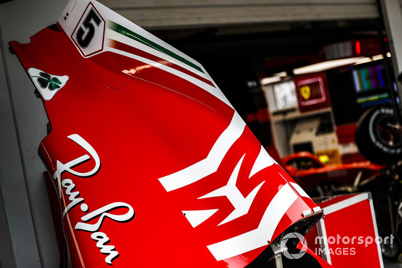 Logo Philip Morris Mission Winnow sur la Ferrari SF71H