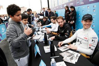 Andre Lotterer, DS TECHEETAH, Jean-Eric Vergne, DS TECHEETAH signs autographs for fans