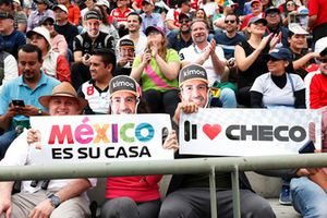 Fernando Alonso, McLaren and Sergio Perez, Racing Point Force India fans