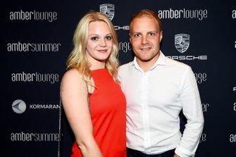 Valtteri Bottas novia de Emilia Pikkarainen