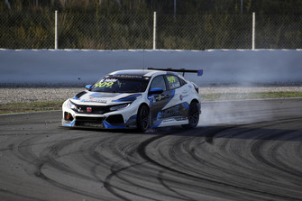 Mike Halder, Hell Energy Racing with KCMG Honda Civic Type R TCR